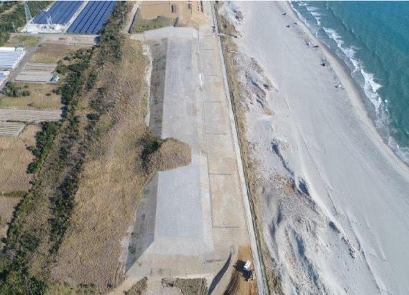 津波対策のための盛土工事(防潮堤) 完成の画像